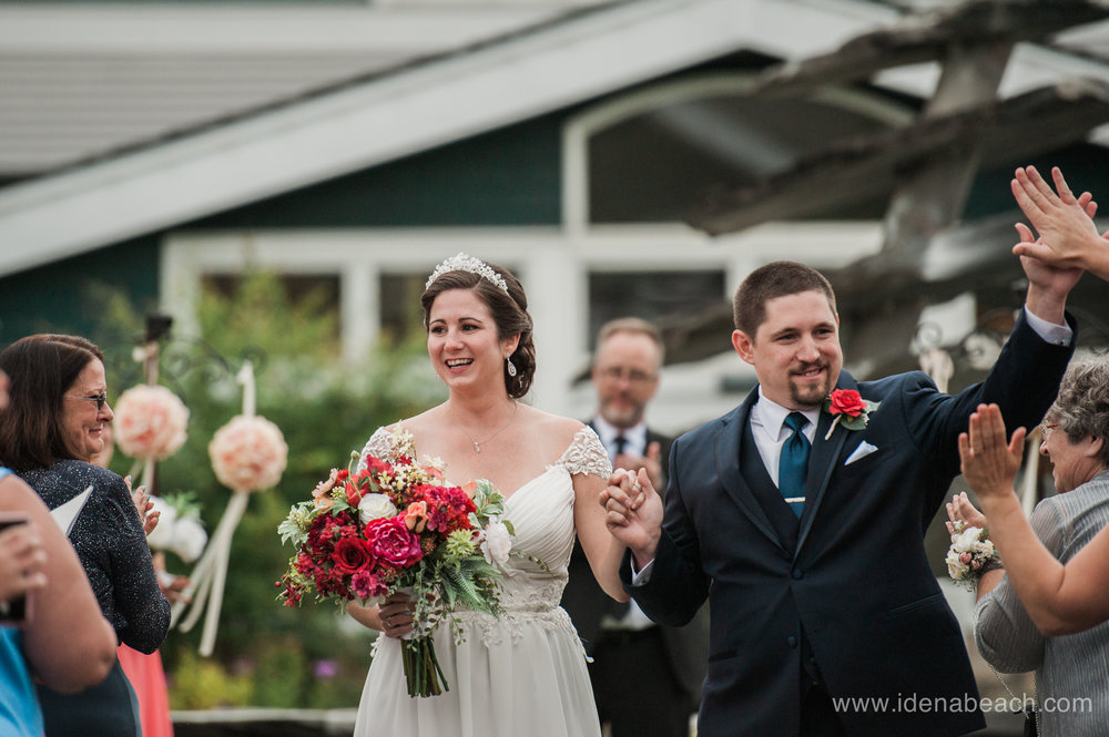 Wedding Ceremony at Stoweflake Resort in Vermont