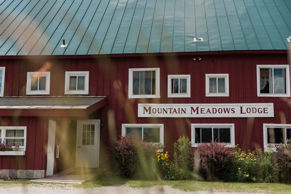 Mountain Meadows Lodge Wedding