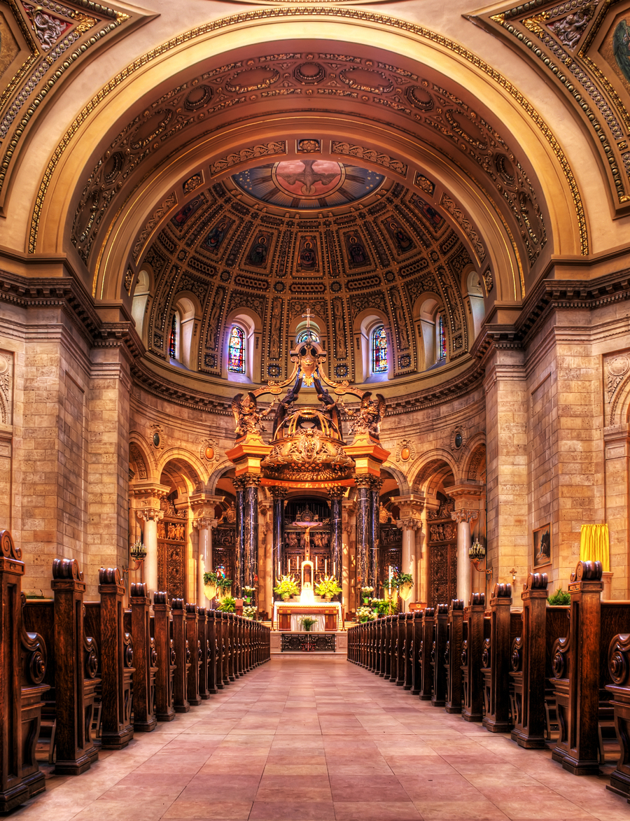 cathedral-of-st-paul-center-aisle.jpg