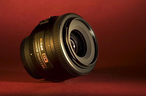 Nikon 35mm.jpg
