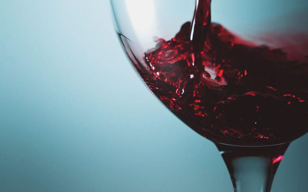 glass-food-wine-digital-art-macro.jpg