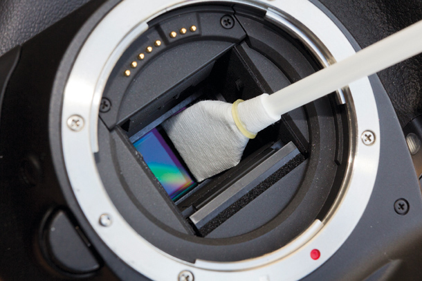Canon_sensor_cleaning.step5_.jpg