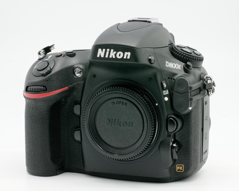 Nikon_D800E_body_only_02.jpg
