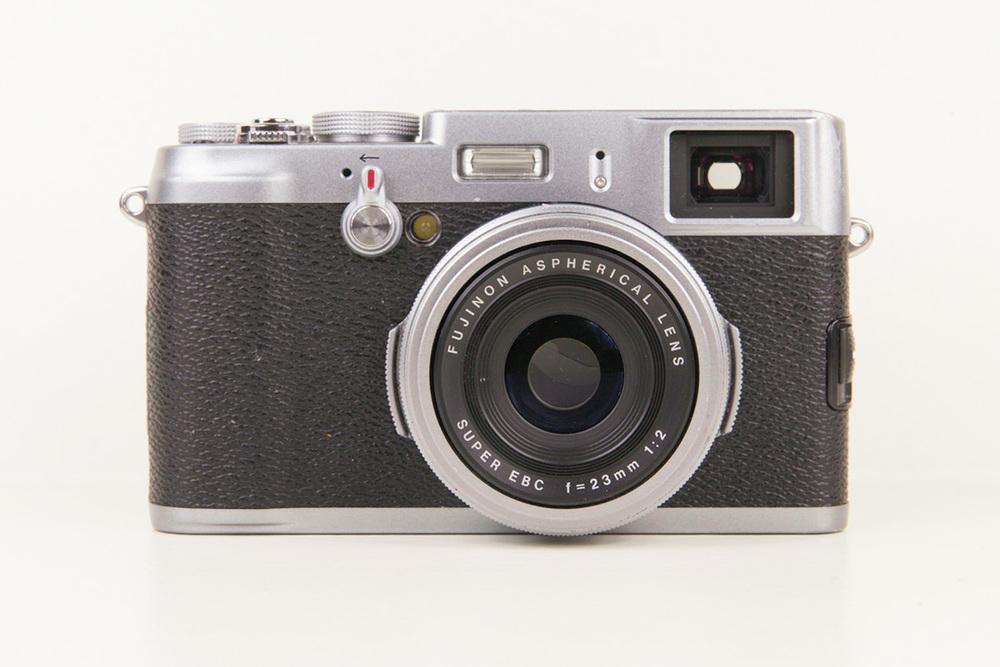 Fujifilm_X100_001.jpg