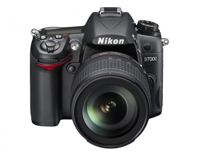 Nikon D7000-1-700x550.jpg