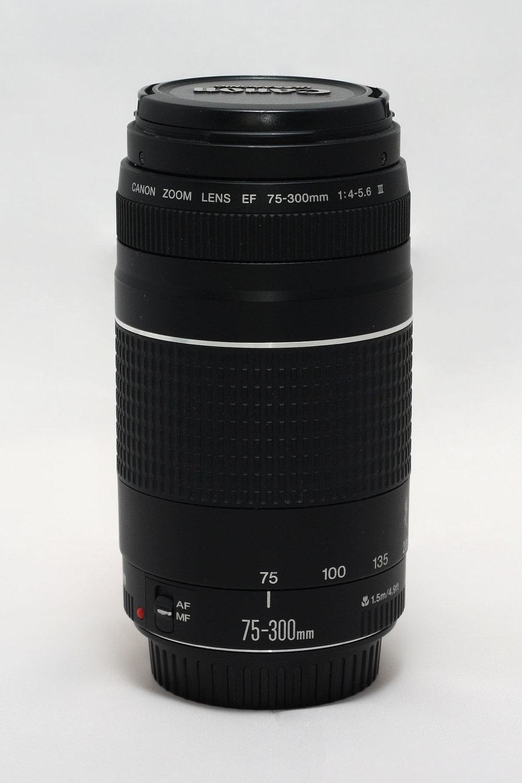 1200px-Canon_EF_75-300_f-4-5.6_III.jpg