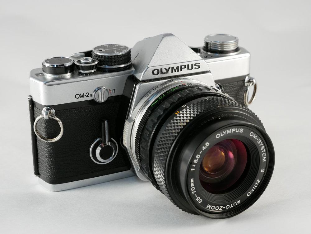 Olympus-OM-2n