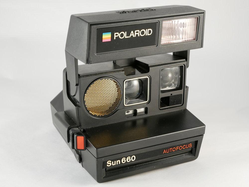 Polaroid-660-Sun
