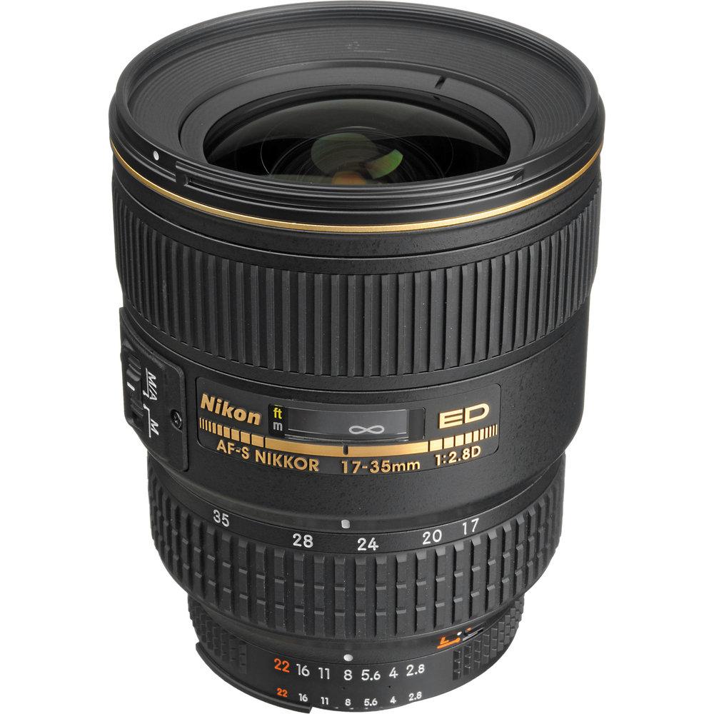 Nikon_1960_AF_S_Zoom_Nikkor_17_35mm_186250.jpg