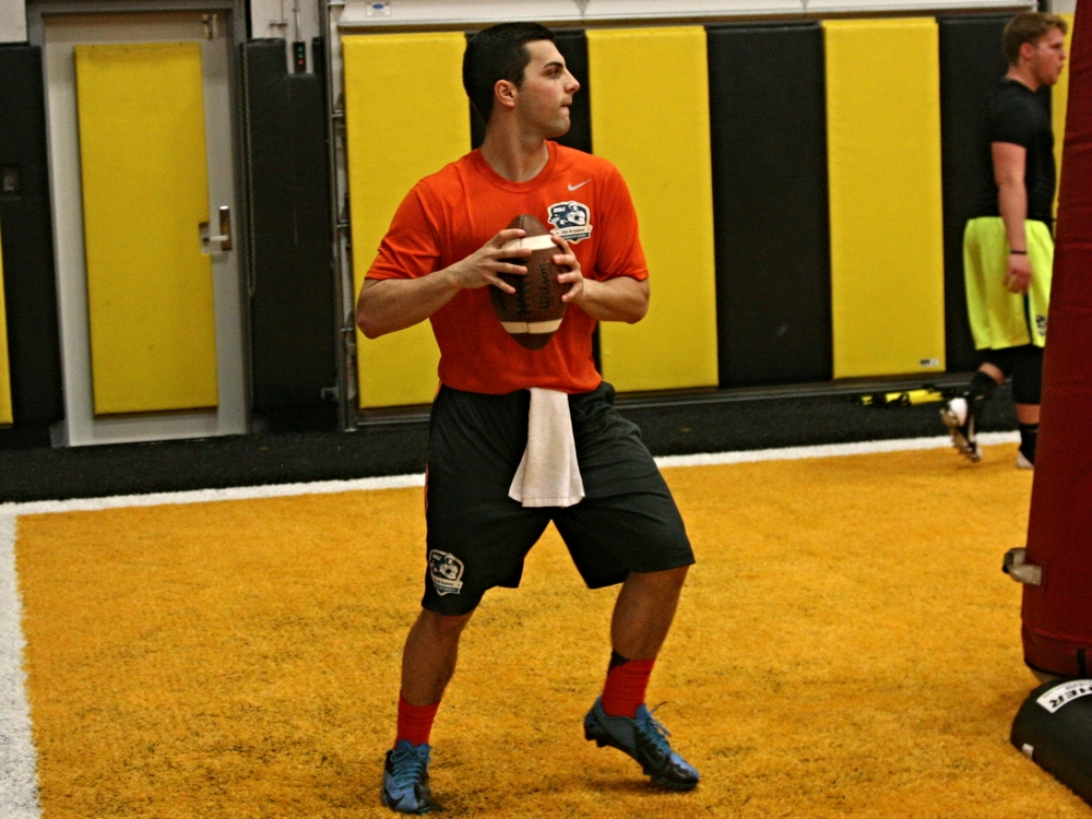 2016 QB Nick Heras at the 2014 DeBartolo Easter Weekend QB Training