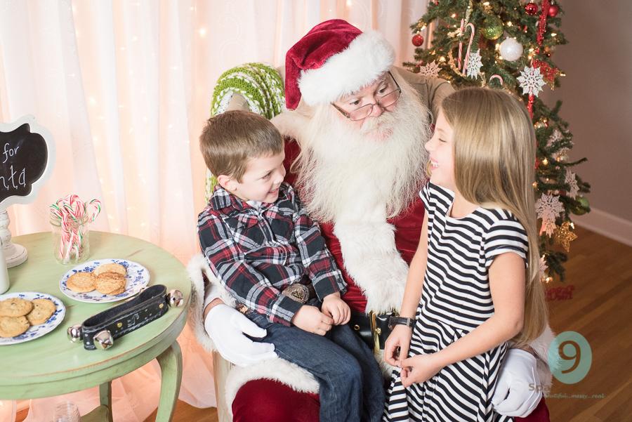 Santa Sessions WM (4 of 43).jpg