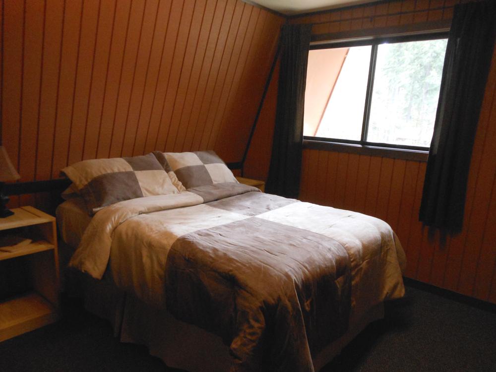 Cabin 10-11 I-01 colorbal.jpg