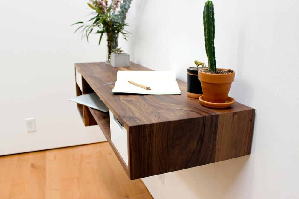 Floating Desk Walnut