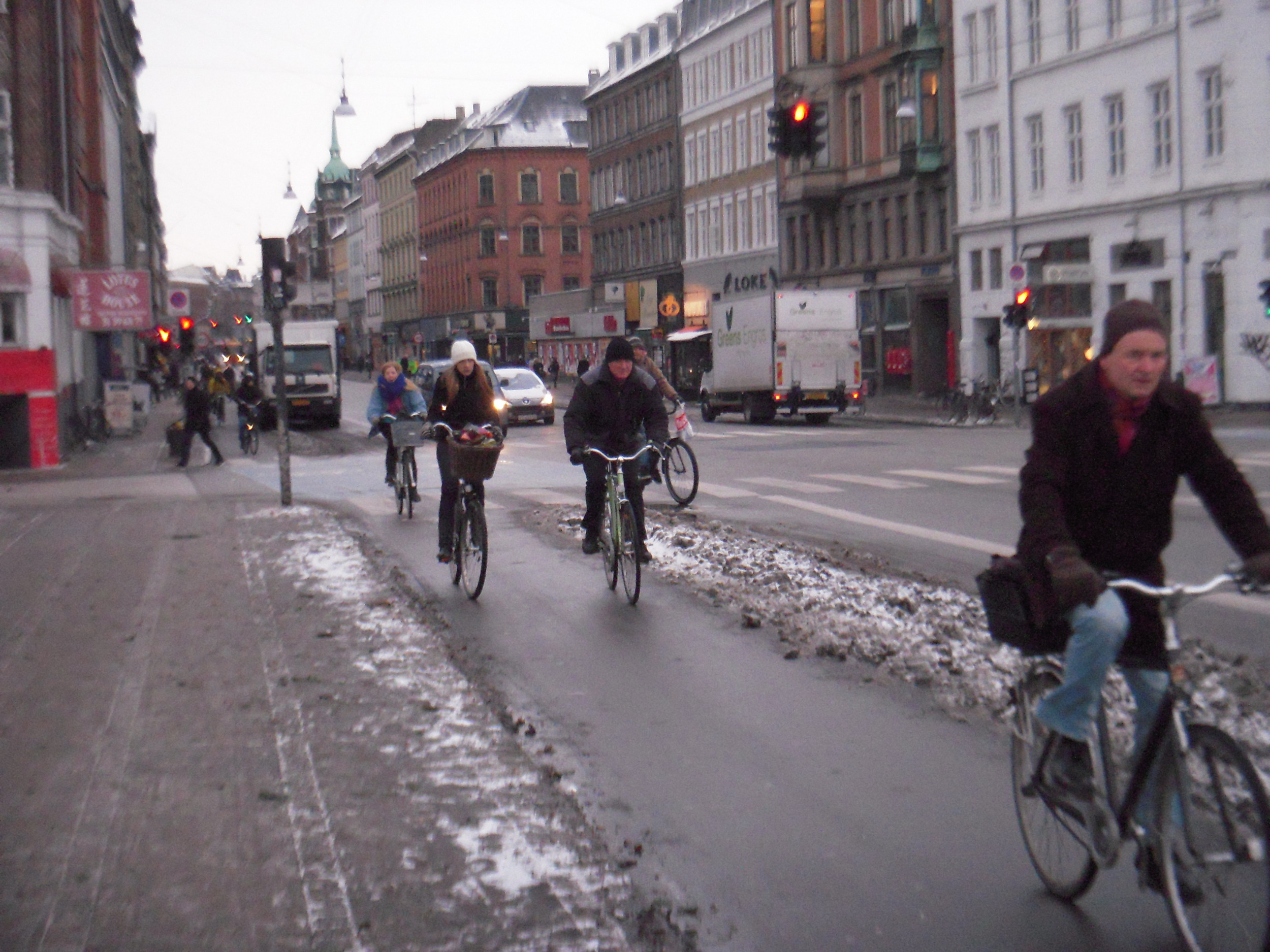 Urban Cycling in the Snow