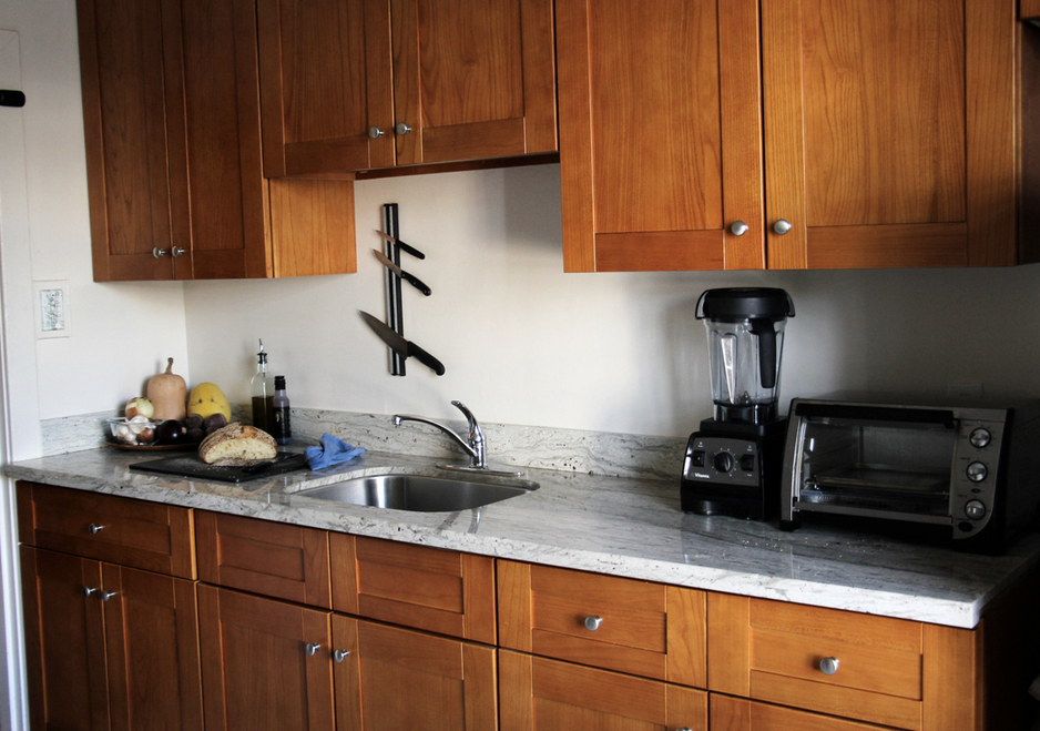 After: Counters are reserved for only the most used items, making prep and cleanup a breeze.