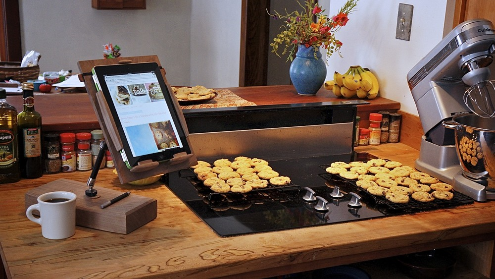 Cooks Tablet Stand in kitchen 1