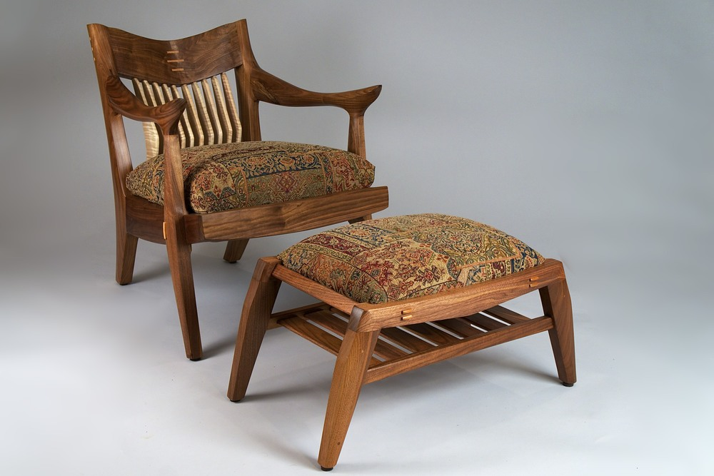 Tangier chair with ottoman