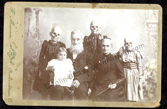 skull family portrai sm.jpg