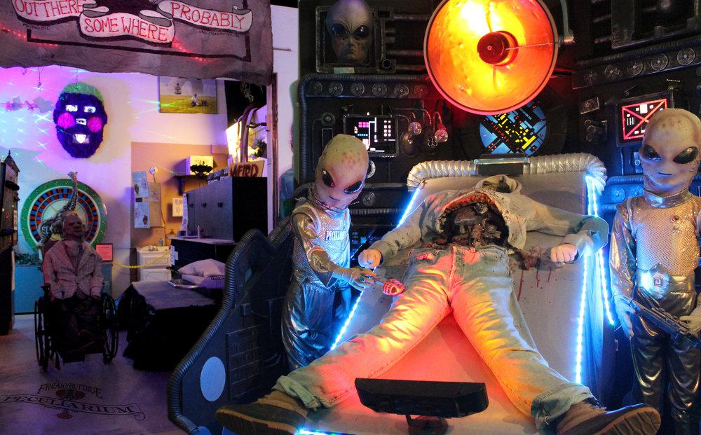 alien autop krampy002.jpg