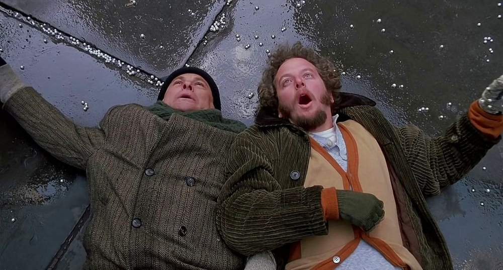 honest-action-video-home-alone-the-many-deaths-of-harry-and-marv.jpg
