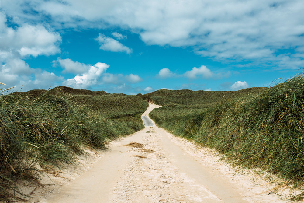 The path through the dunes on Faraid Head.