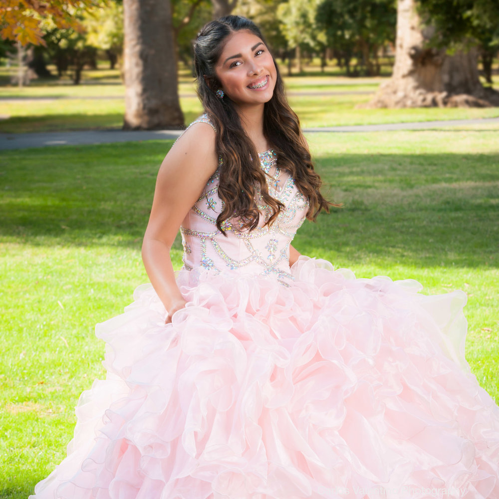 Quinceanera | Carlos Valentino Photography-02.jpg