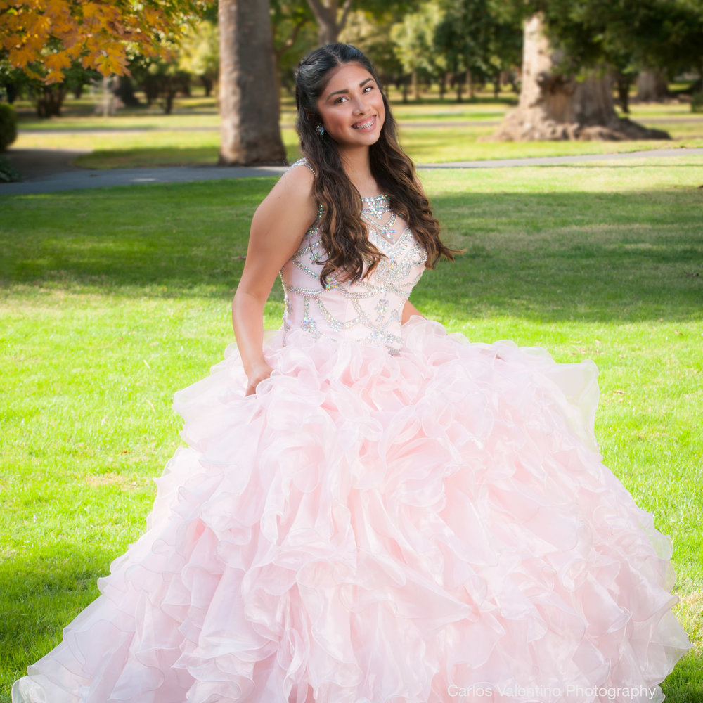 Quinceanera | Carlos Valentino Photography-01.jpg