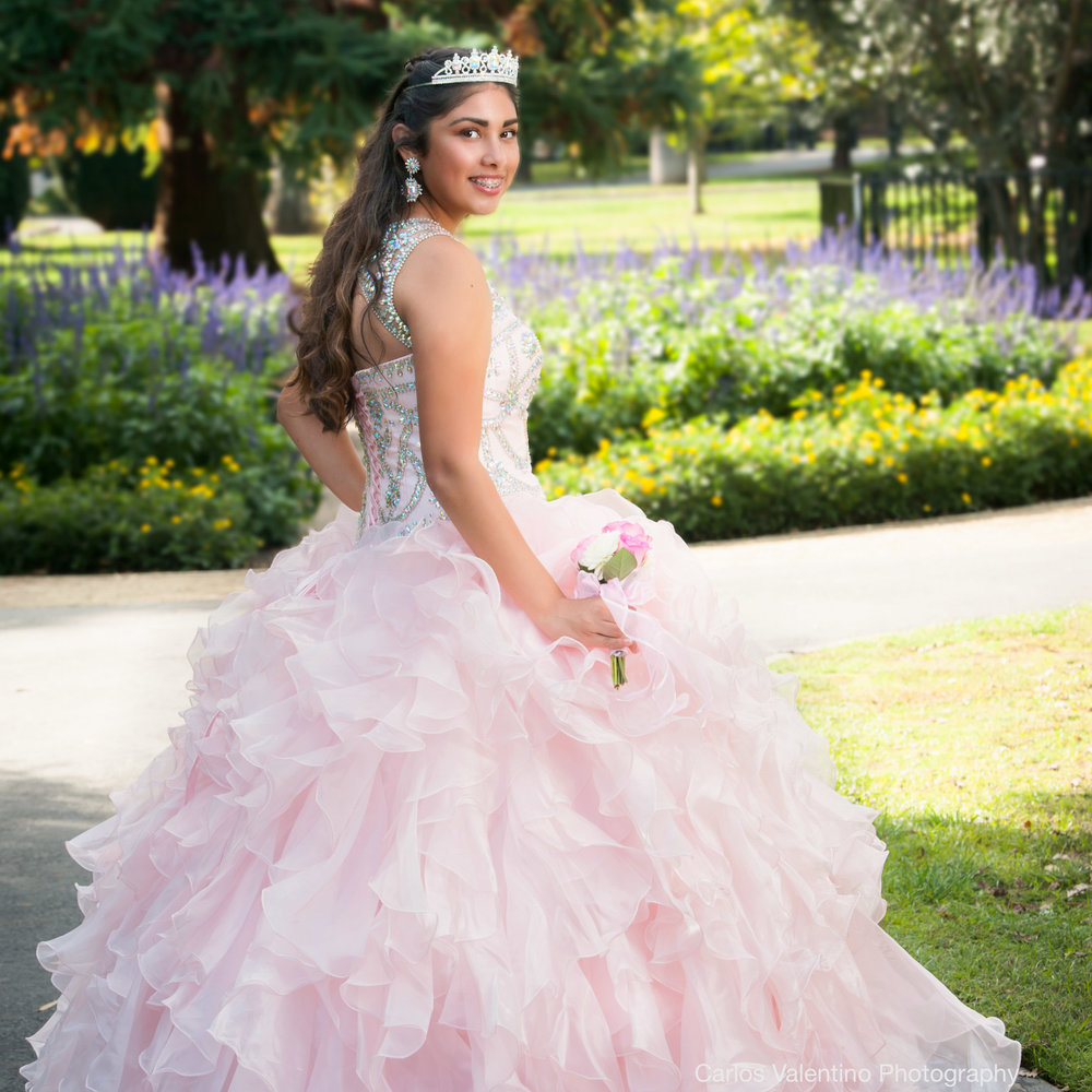 Quinceanera | Carlos Valentino Photography-06.jpg