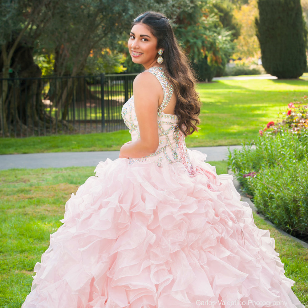 Quinceanera | Carlos Valentino Photography-08.jpg