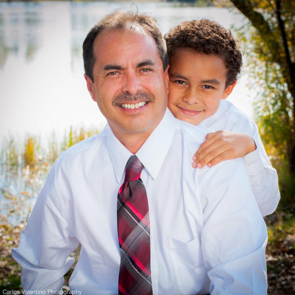 Family Portraits | Carlos Valentino Photography-15.jpg