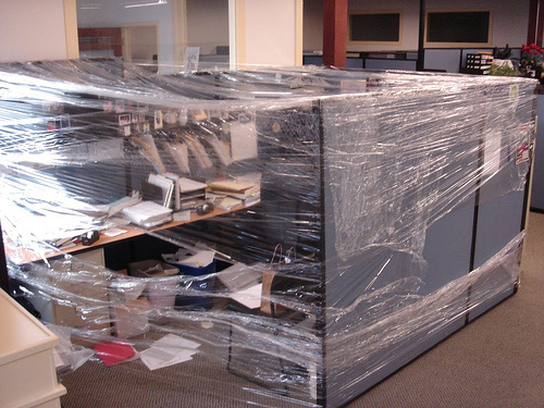 office-cubicle-saran-wrapped-crazy-cling-flim-hilarious-prank.jpg