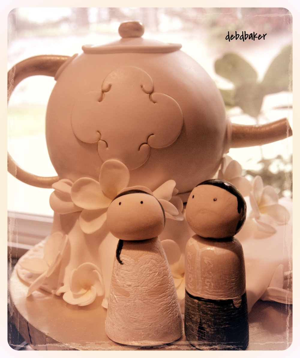 50th Anniversary Teapot Cake