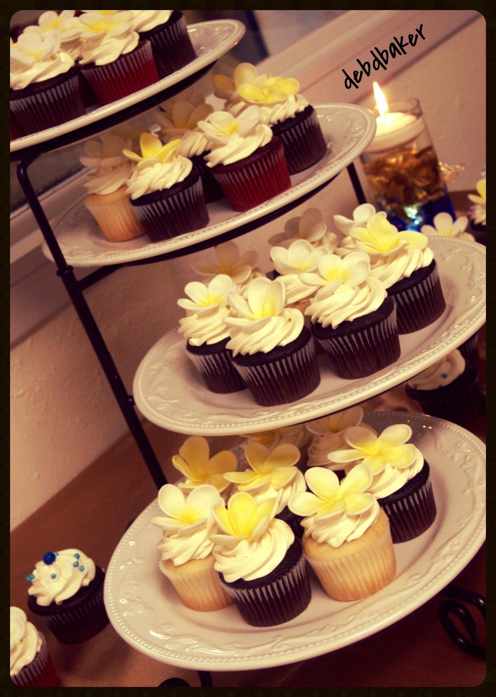 Cupcakes with Plumeria Gumpaste Flowers