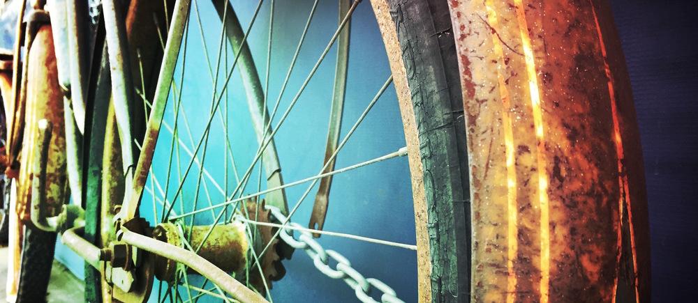 Old rusty bike.