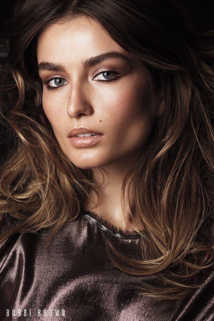 Bobbi-Brown-Cosmetics-Fall-2017-Campaign98820.jpg
