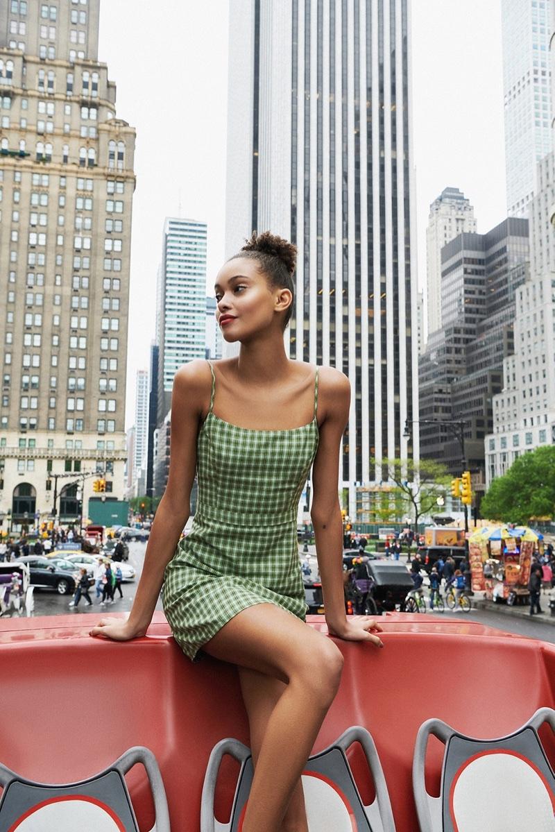 Urban-Outfitters-Summer-2018-Lookbook03.jpg