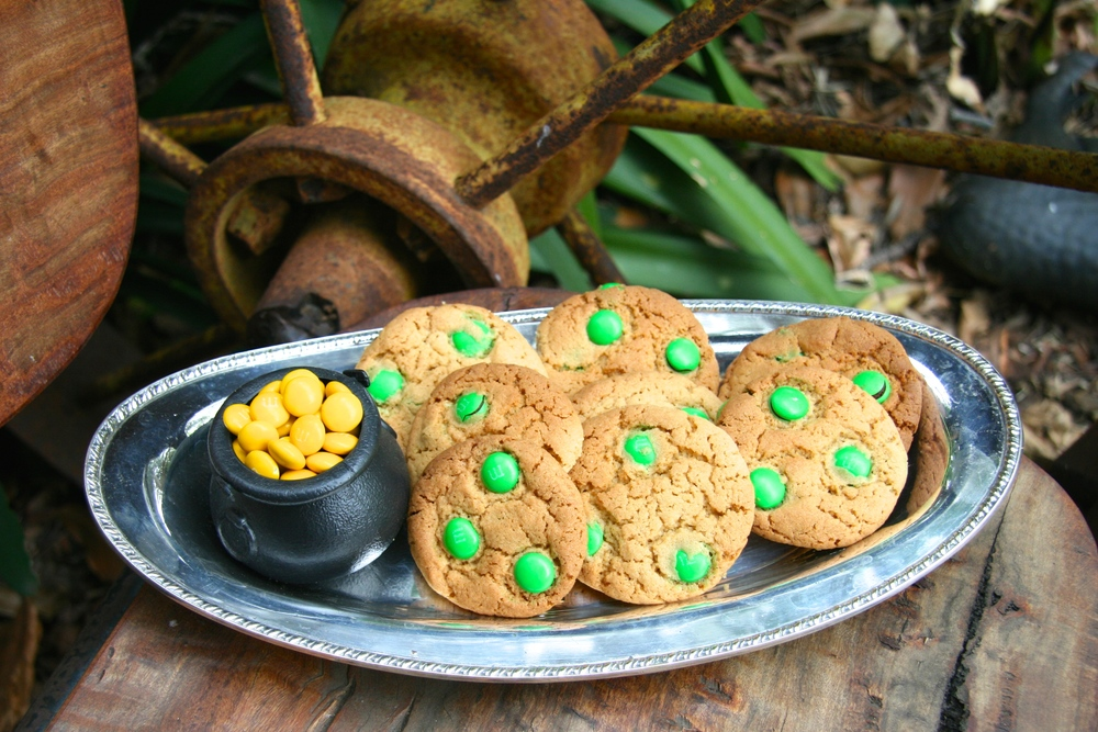 Saint Patrick's Day Choc Chip Cookies with a Pot of Gold
