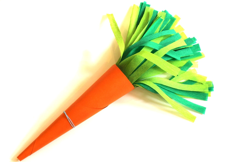 Step 4 - how to make a Carrot Favour bag