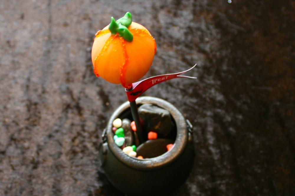 Halloween Pumpkin Cake Pop