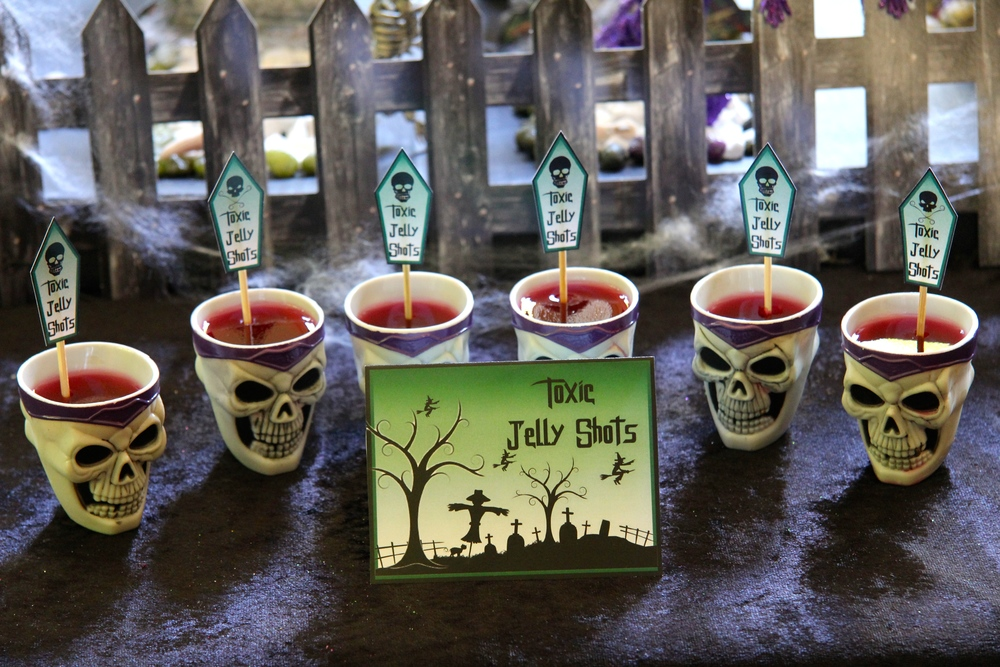 Free Printables - Toxic Shot Tent and Jelly Toppers