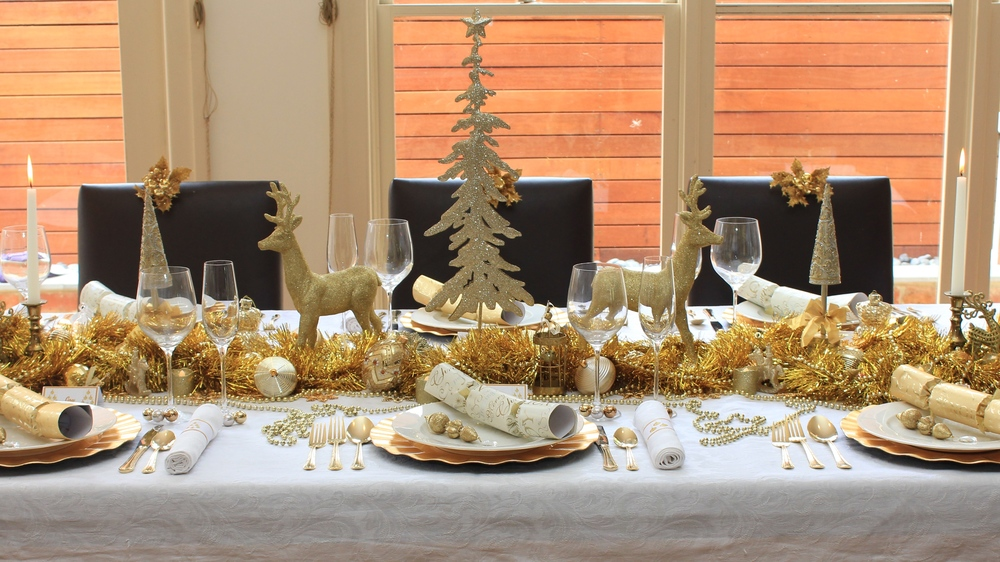 Traditional Gold and White Christmas Table