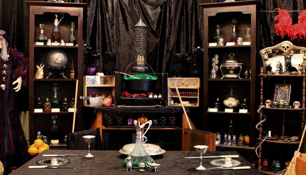 Halloween Witch Kitchen Decorating Ideas