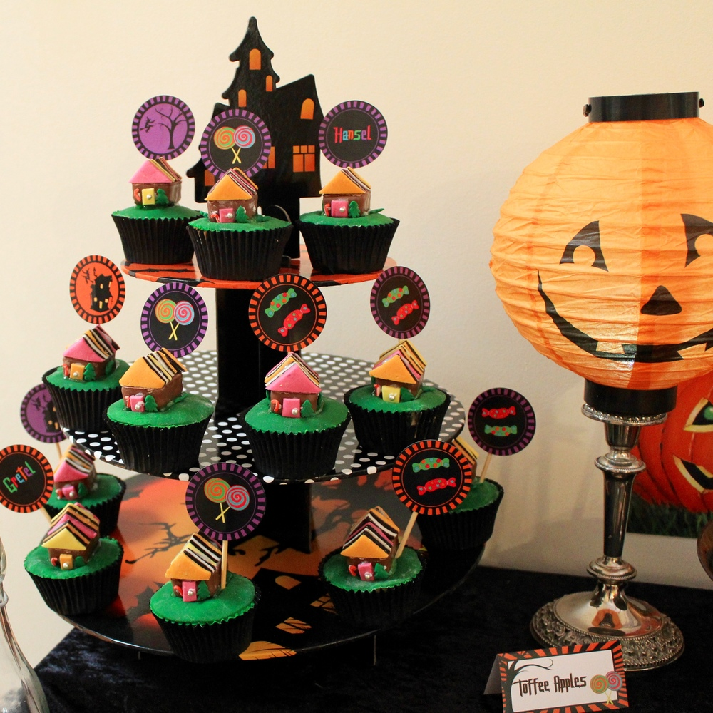 Halloween Hansel and Gretel Cupcakes