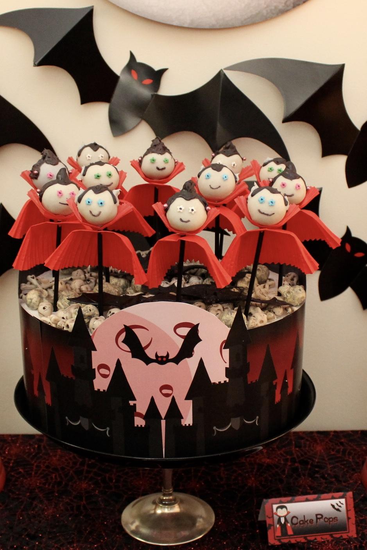 Dracula Cake Pops - Vampire Party