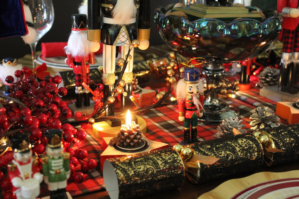 Christmas Nut Cracker Table Ideas