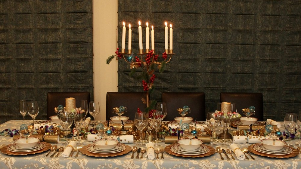 Blue and Gold Christmas Table
