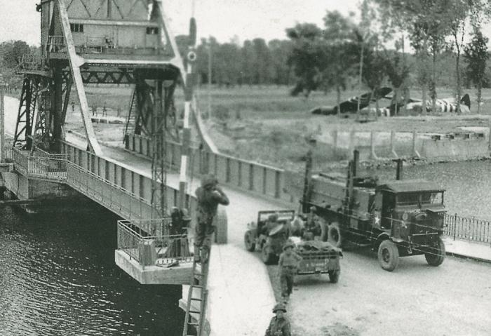 29-pegasus_bridge.jpg