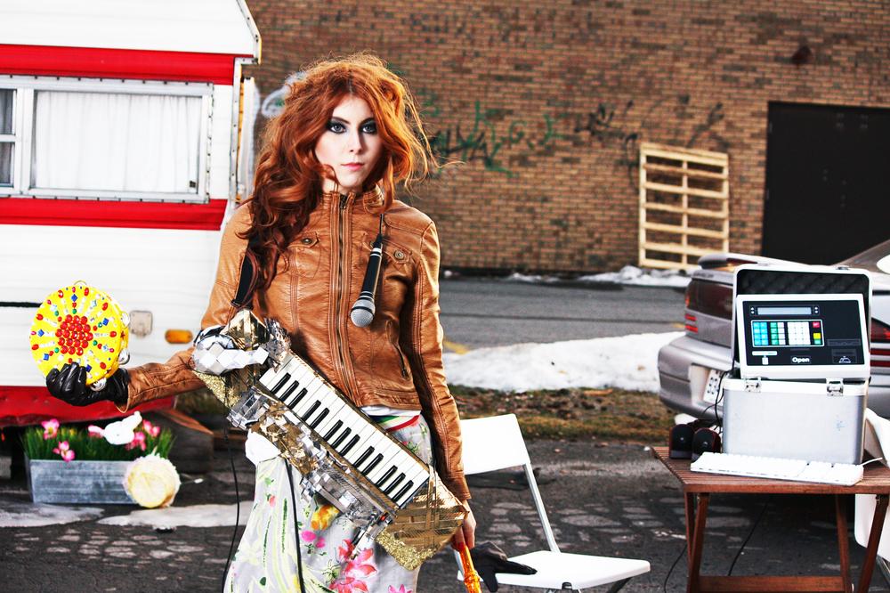 Studio_ON_the_GO_Bobbie_Bruneau_2.jpg