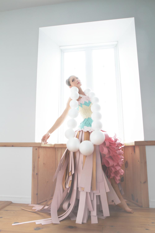 Cardboard_dress_Bobbie_Bruneau2.jpg