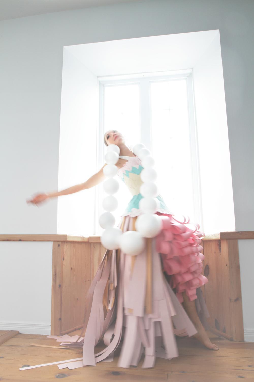 Cardboard_dress_Bobbie_Bruneau3.jpg